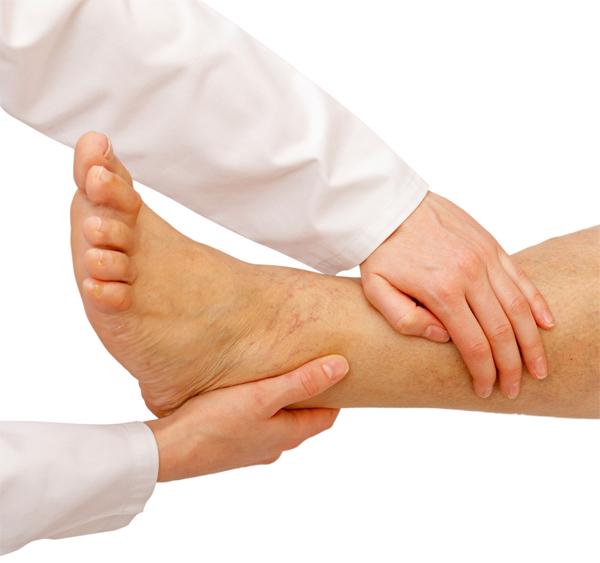 Почему отекают ноги при диабете
