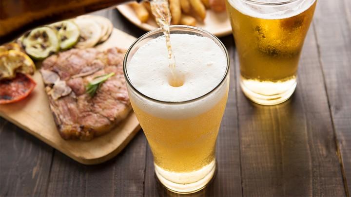 пиво-в-бокале