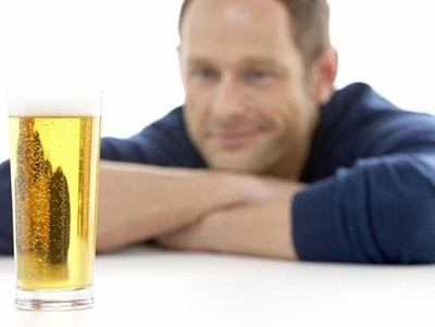 алкоголь и мужчина