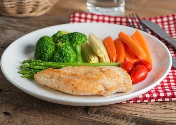 Отварное филе с овощами - диета диабетика