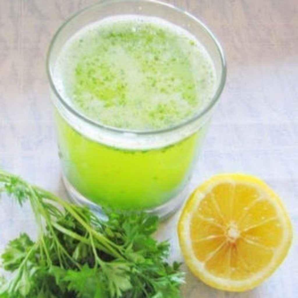Настой из лимона, корней петрушки и чеснока