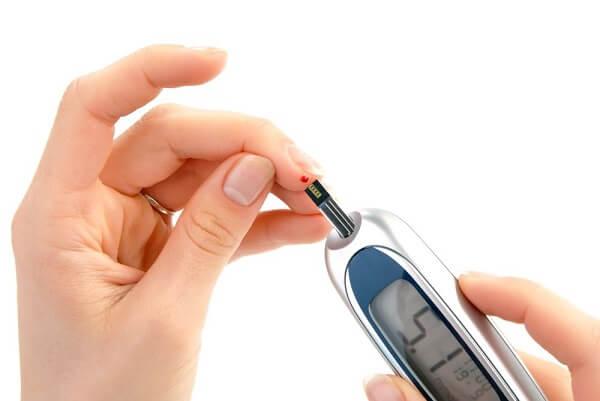 по обычному анализу крови можно определить беременность