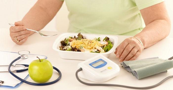 Контроль за питательным процессом при сахарном диабете